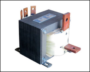 200 AMP HIGH CURRENT TRANSFORMER, 0.5 KVA, Output: 5 VAC, 200 Amps P/N 18812