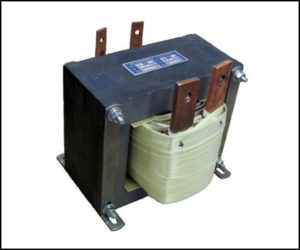 SINGLE PHASE HIGH CURRENT TRANSFORMER, 1.5 KVA, Output: 7.5 VAC, 200 Amps P/N 18813